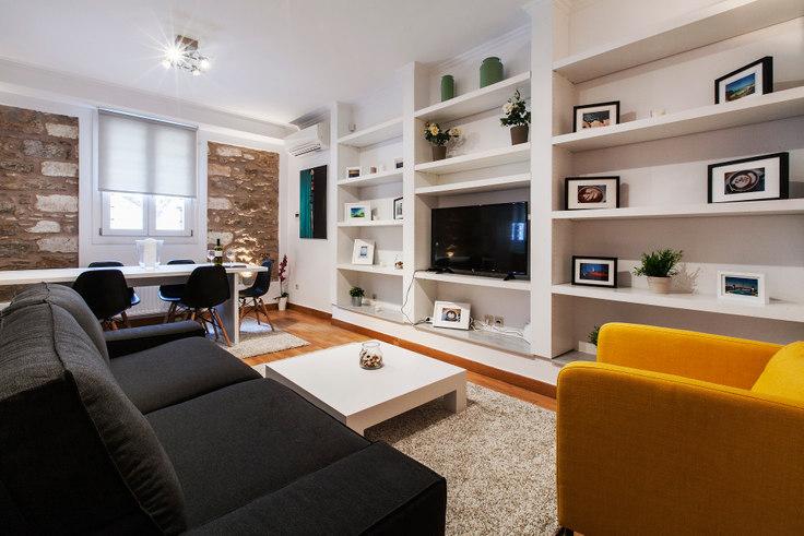 2 bedroom furnished apartment in Markou Mousourou 126, Mets - Kallimarmaro, Athens, photo 1