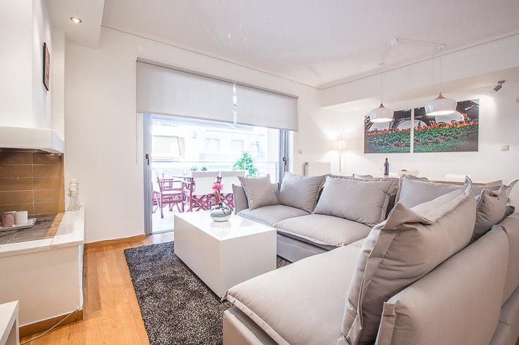 2 bedroom furnished apartment in Logothetidi 164, Ampelokipoi, Athens, photo 1