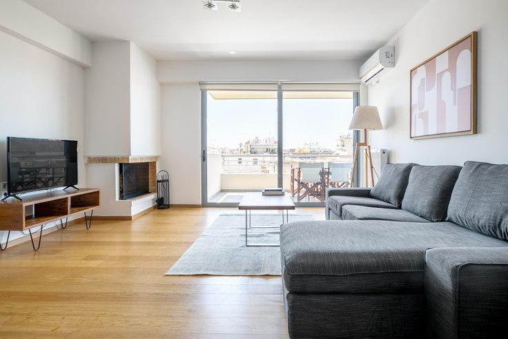 2 bedroom furnished apartment in Ifigenias I 120, Palaio Faliro, Athens, photo 1