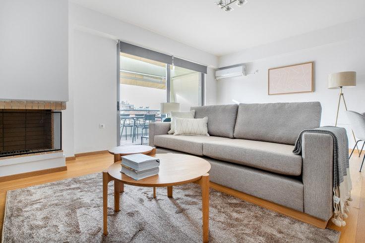 2 bedroom furnished apartment in Ifigeneias II 121, Palaio Faliro, Athens, photo 1