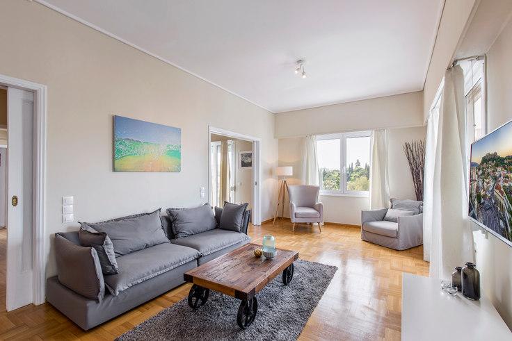 2 bedroom furnished apartment in Vasileos Konstantinou 169, Mets - Kallimarmaro, Athens, photo 1