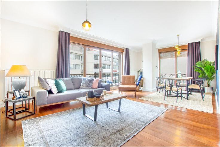 2 bedroom furnished apartment in Şebnem - 57 57, Etiler, Istanbul, photo 1