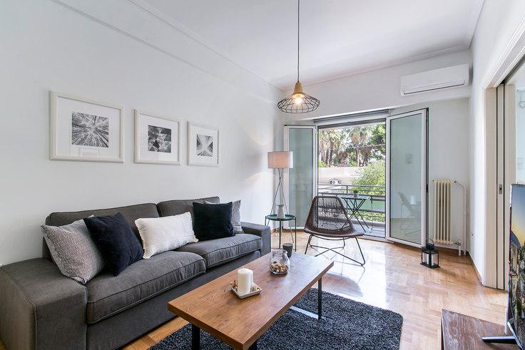2 bedroom furnished apartment in Dionisiou Eginitou I 334, Vasilissis Sofias Avenue, Athens, photo 1