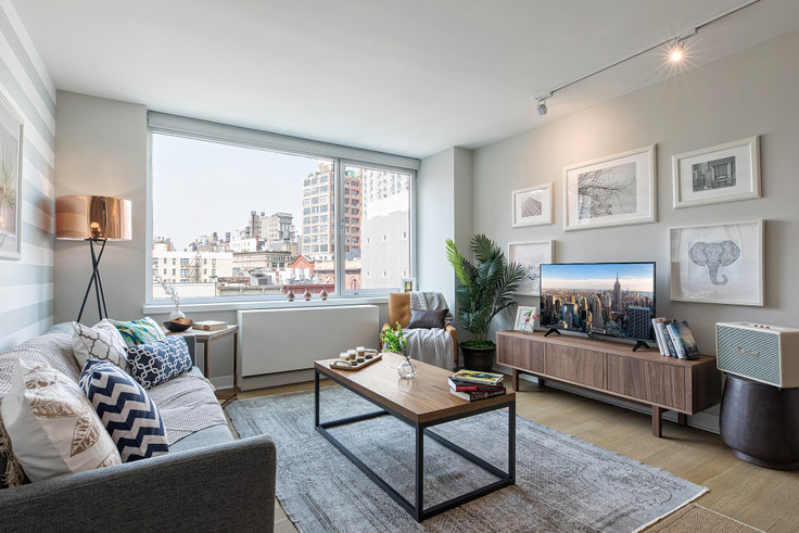 1 bedroom furnished apartment in Eleventh and Third, 200 E 11th St 2, East Village, New York, photo 1