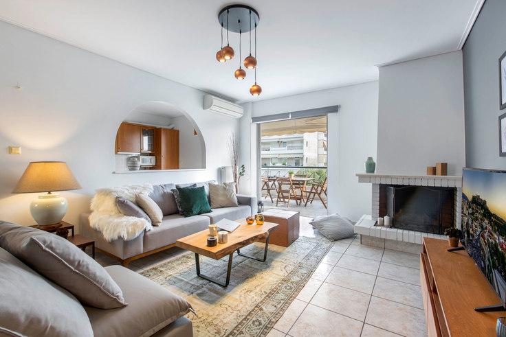 3 bedroom furnished apartment in Foti Kontoglou 382, Marousi, Athens, photo 1