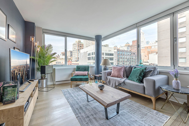 1 bedroom furnished apartment in Eleventh and Third, 200 E 11th St 10, East Village, New York, photo 1