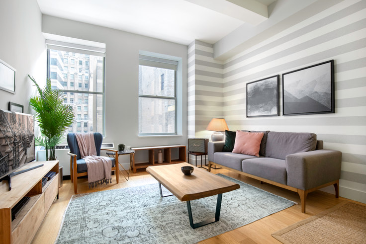 1 bedroom furnished apartment in 67 Wall St 13, Financial District, New York, photo 1