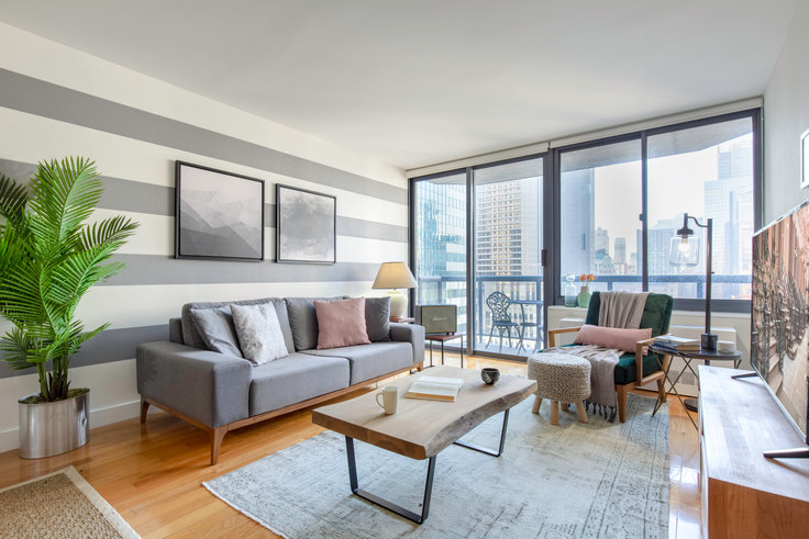 1 bedroom furnished apartment in The Ritz Plaza, 235 W 48th St 23, Midtown, New York, photo 1