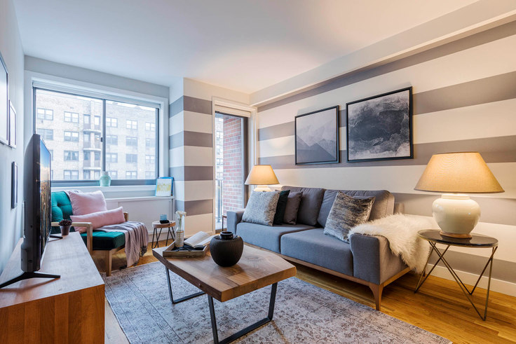 1 bedroom furnished apartment in 101W15, 101 W 15th St 25, Chelsea, New York, photo 1