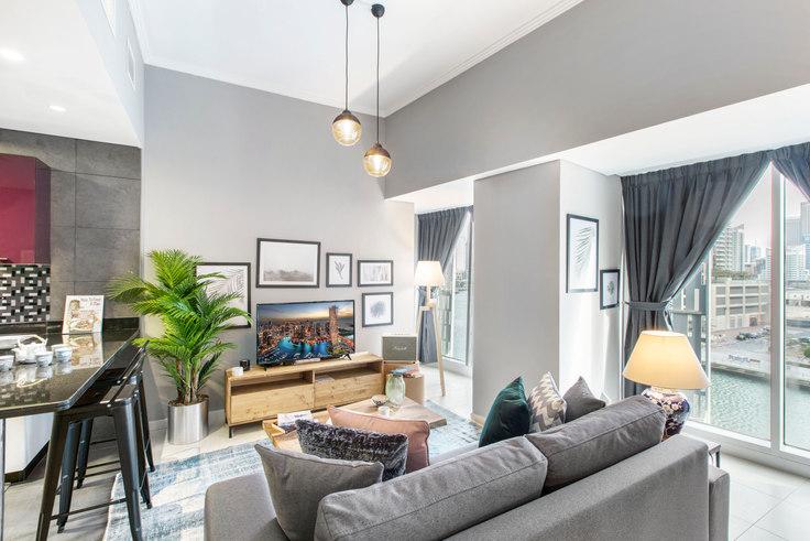 Studio furnished apartment in Cayan Studio II 199, Cayan Tower, Dubai, photo 1