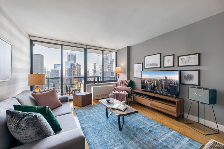 2 bedroom furnished apartment in The Ritz Plaza, 235 W 48th St 49, Midtown, New York, photo 1
