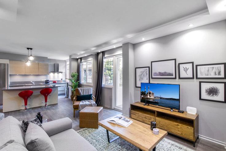 2 bedroom furnished apartment in Spor Yazarları - 150 150, Akatlar, Istanbul, photo 1