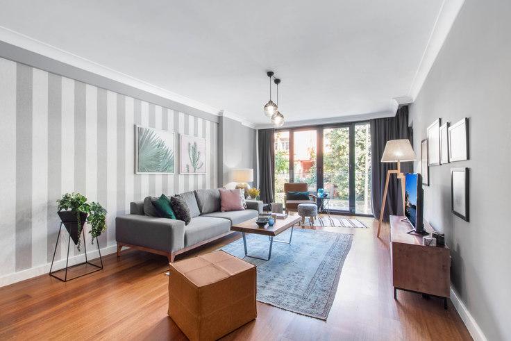 3 bedroom furnished apartment in Garanti Blokları - 151 151, Etiler, Istanbul, photo 1