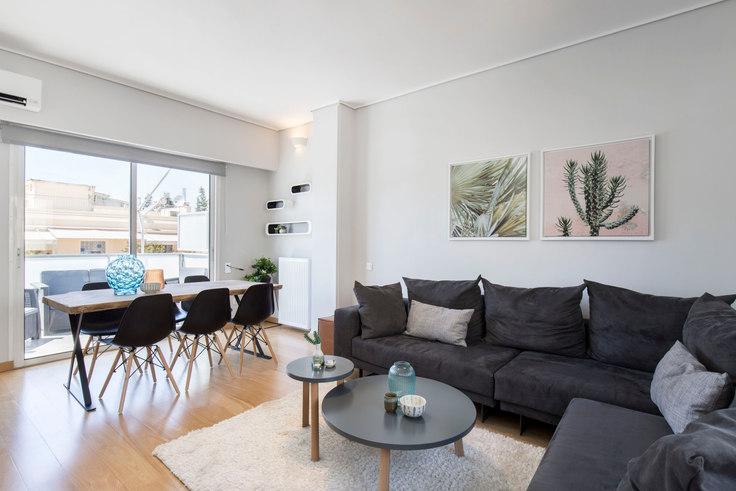 2 bedroom furnished apartment in Dimitriou Soutsou II 469, Ampelokipoi, Athens, photo 1