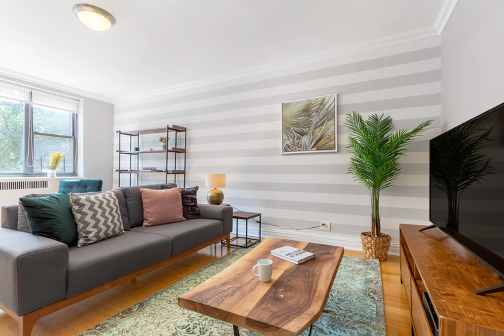 1 bedroom furnished apartment in 10 Downing St 131, West Village, New York, photo 1
