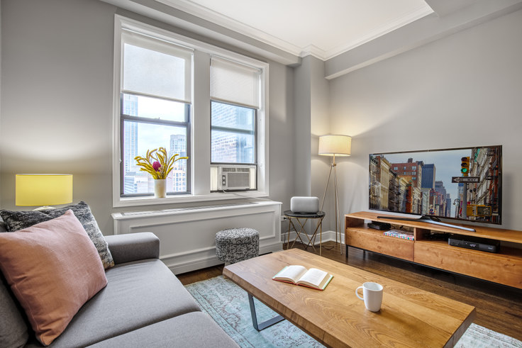 1 bedroom furnished apartment in Stonehenge 70, 210 W 70th St 137, Upper West Side, New York, photo 1