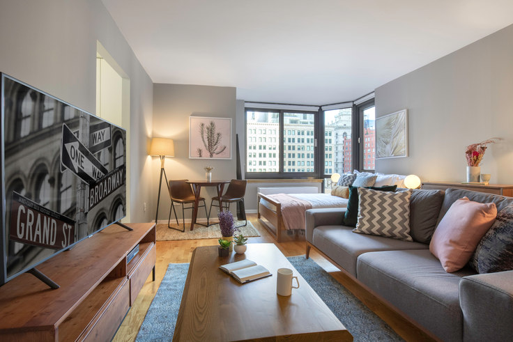 Studio furnished apartment in Tribeca Tower, 105 Duane St 153, Tribeca, New York, photo 1