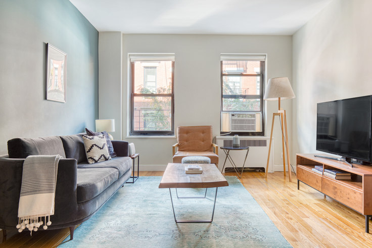 1 bedroom furnished apartment in 10 Downing St 156, West Village, New York, photo 1