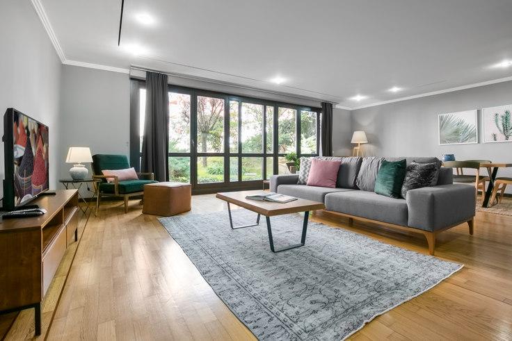 2 bedroom furnished apartment in Sarıkonaklar - 182 182, Akatlar, Istanbul, photo 1