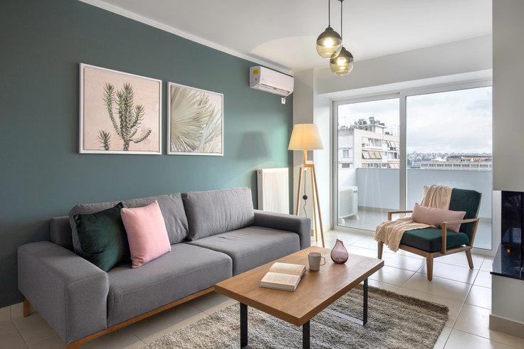 2 bedroom furnished apartment in Doganis VI 545, Piraeus, Athens, photo 1