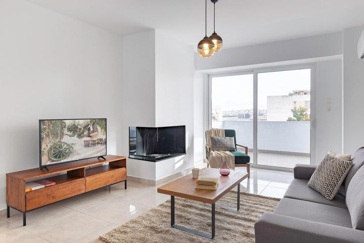 2 bedroom furnished apartment in Doganis VIII 547, Piraeus, Athens, photo 1