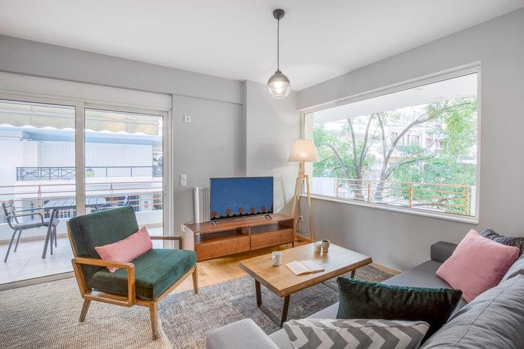 2 bedroom furnished apartment in Diovounioti 548, Koukaki, Athens, photo 1