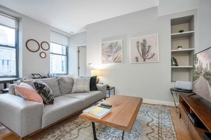 1 bedroom furnished apartment in The Arlington, 100 Arlington St 16, Back Bay, Boston, photo 1
