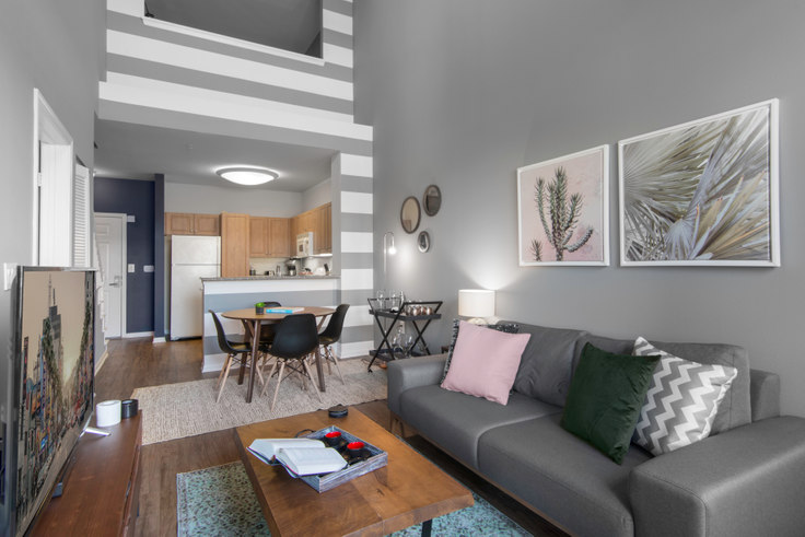 2 bedroom furnished apartment in Jefferson, 3221 Carter Ave 23, Marina del Rey, Los Angeles, photo 1