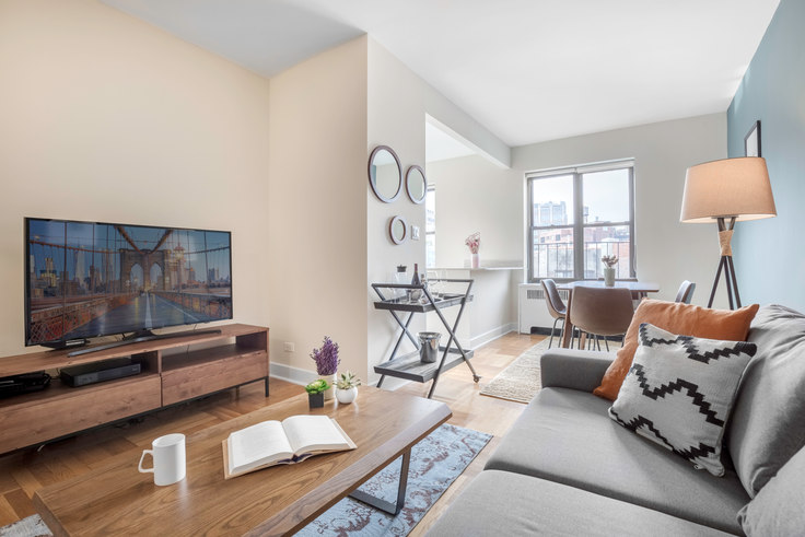 1 bedroom furnished apartment in 10 Downing St 200, West Village, New York, photo 1