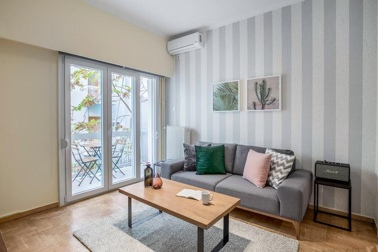 2 bedroom furnished apartment in Fokianou II 565, Pangrati, Athens, photo 1