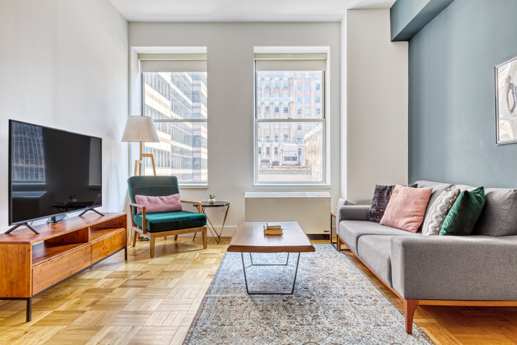 1 bedroom furnished apartment in 67 Wall St 225, Financial District, New York, photo 1