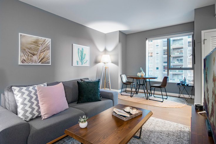 1 bedroom furnished apartment in The Emerson, 225 S Grand Ave 33, Downtown, Los Angeles, photo 1