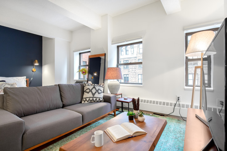 Studio furnished apartment in Sloane Chelsea, 360 W 34th St 230, Hudson Yards, New York, photo 1