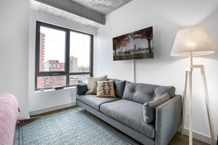 Studio furnished apartment in Proto, 88 Ames St 40, Kendall Square, Boston, photo 1