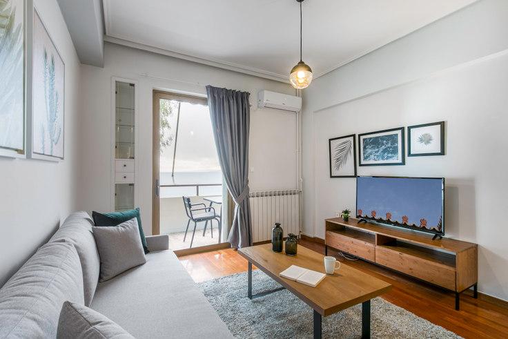 1 bedroom furnished apartment in Akti Themistokleous 607, Piraeus, Athens, photo 1