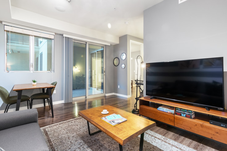 1 bedroom furnished apartment in K2LA, 685 S New Hampshire Ave 47, Koreatown, Los Angeles, photo 1