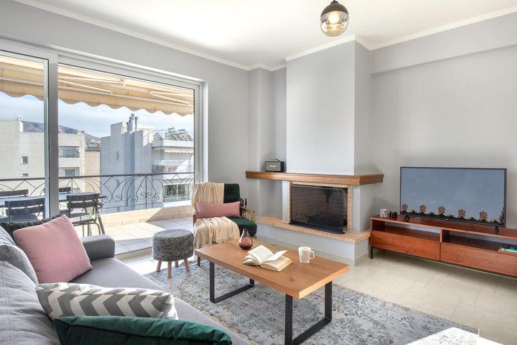 2 bedroom furnished apartment in Aristidou I 619, Palaio Faliro, Athens, photo 1