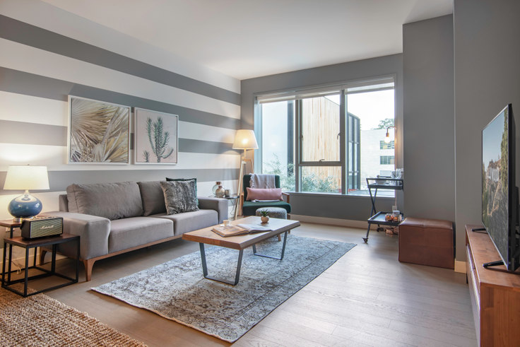 1 bedroom furnished apartment in The Emerson, 225 S Grand Ave 51, Downtown, Los Angeles, photo 1