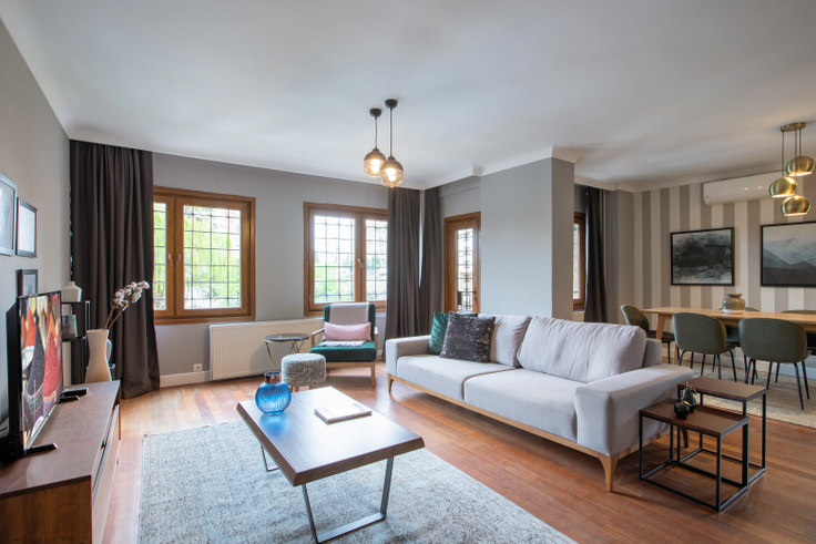 4 bedroom furnished apartment in Güzel Konutlar - 276 276, Ulus, Istanbul, photo 1