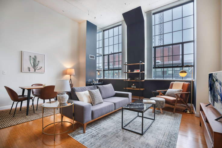 2 bedroom furnished apartment in Lofts at Kendall Square, 195 Binney St 55, Kendall Square, Boston, photo 1