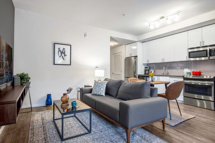 Studio furnished apartment in Avalon 325 Octavia, 325 Octavia St 99, Hayes Valley, San Francisco Bay Area, photo 1