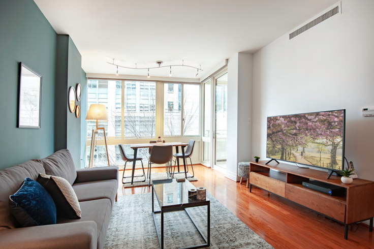 1 bedroom furnished apartment in Residences on the Avenue, 2221 I St NW 28, Foggy Bottom, Washington D.C., photo 1