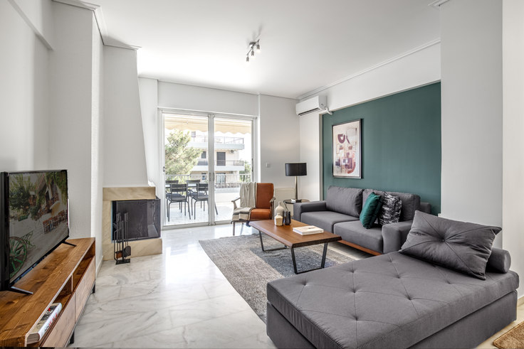3 bedroom furnished apartment in Odissea Androutsou II 641, Glyfada, Athens, photo 1