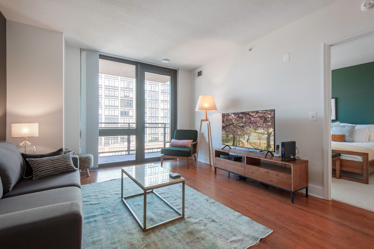 1 bedroom furnished apartment in Meridian Mount Vernon Triangle, 415 L St NW 31, Mount Vernon, Washington D.C., photo 1
