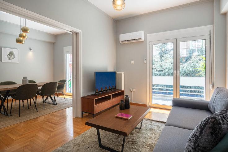2 bedroom furnished apartment in Dimitressa II 651, Vasilissis Sofias Avenue, Athens, photo 1