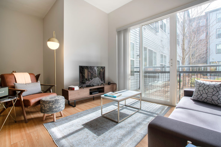 1 bedroom furnished apartment in West Square, 320 D St 70, South Boston, Boston, photo 1