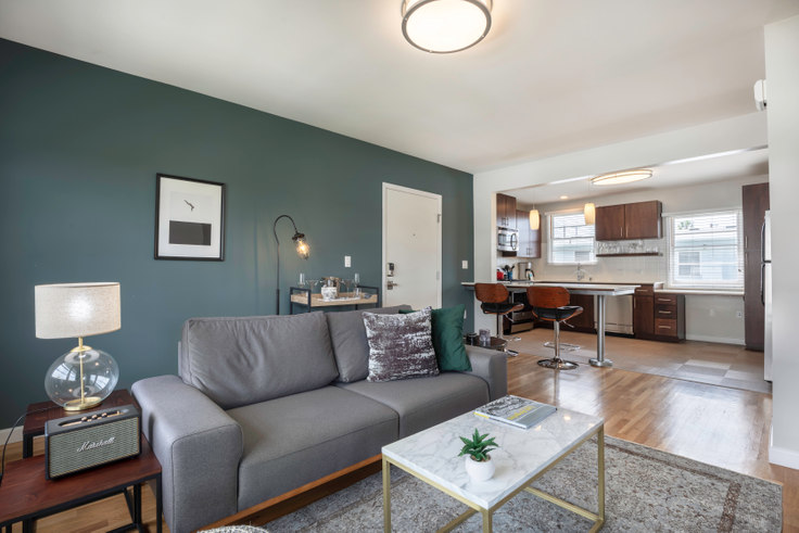 1 bedroom furnished apartment in Lincoln Place, 1731 Penmar Ave 70, Venice Beach, Los Angeles, photo 1