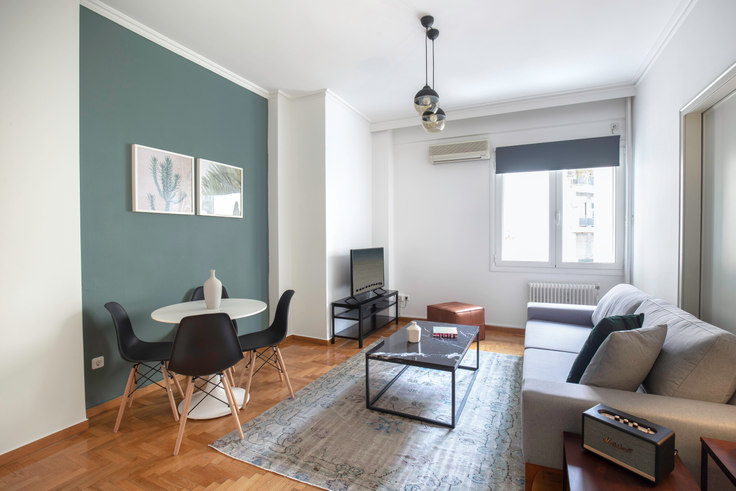 1 bedroom furnished apartment in Didotou IV 670, Kolonaki, Athens, photo 1