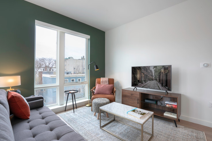 2 bedroom furnished apartment in Union House, 47 Bishop Allen Dr 80, Central Square, Boston, photo 1