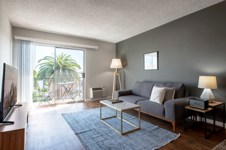 1 bedroom furnished apartment in Pacific Ocean, 1920 6th St 77, Santa Monica, Los Angeles, photo 1